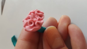 DYI polymer clay carnation flower tutorial