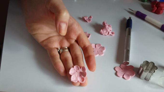 Diy fimo flower tutorial - polymer clay water lily