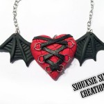 Swingiing-ghost-necklace