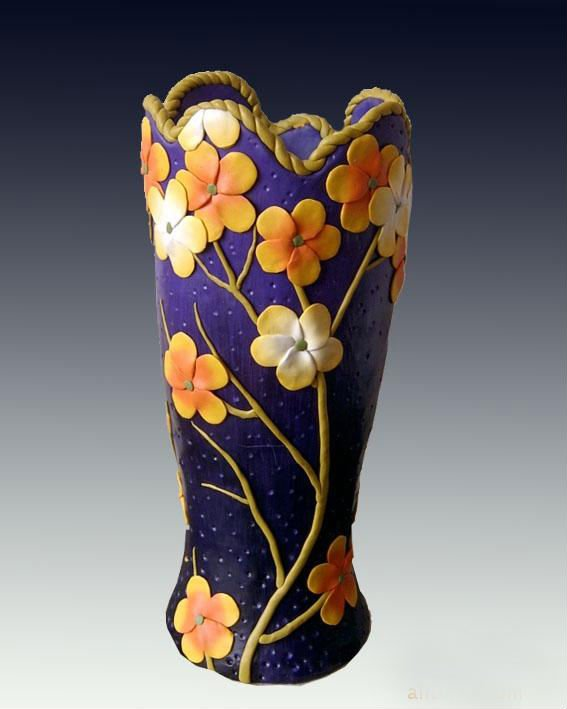 Handmade-polymer-clay-vase-for-decoration