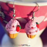029_tiny_strawberries_earrings_by_madizzo