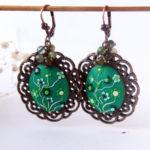 Dark Green Earrings, emerald green earrings, green flower earrings, green Bridesmaid Earrings, green wedding, minimalist Jade earrings