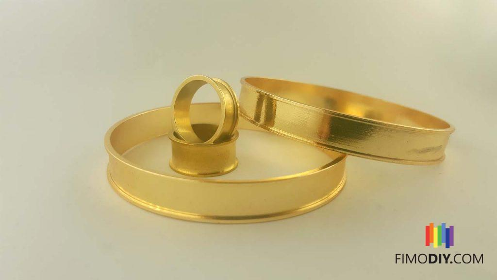 Simple golden cuffs and rings