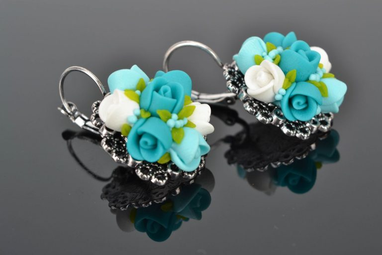 Polymer clay accessories to wear day by day