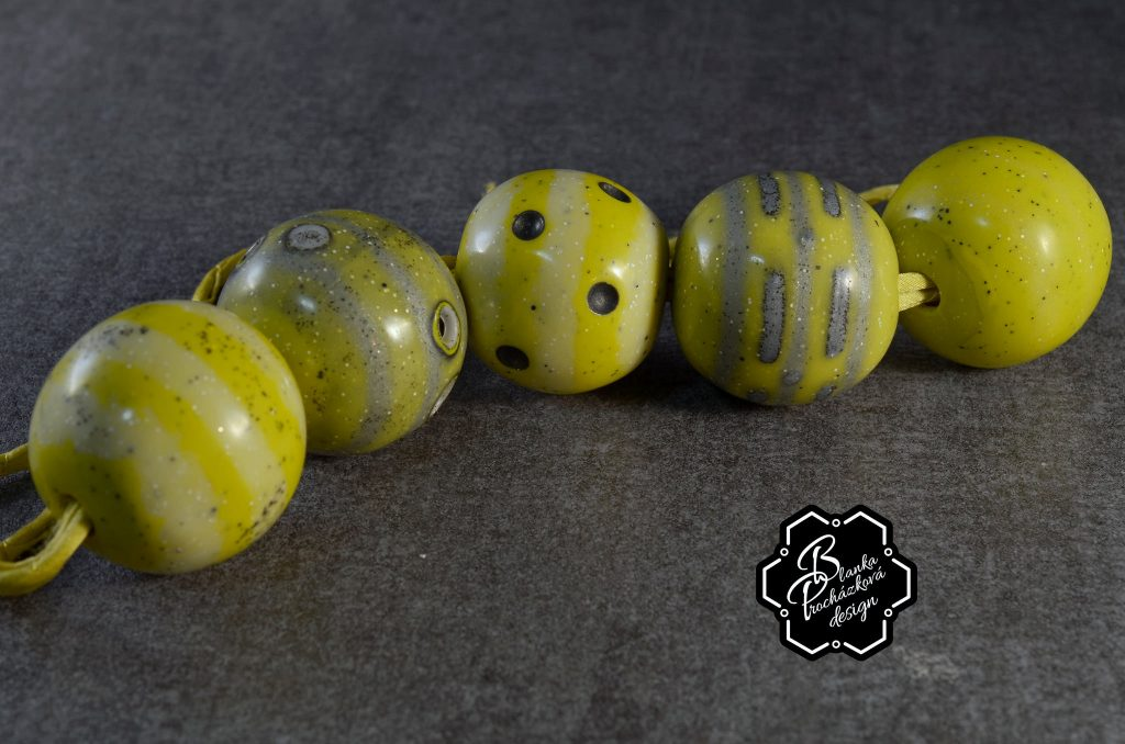 Gereen Polymer clay bubbles beads - beaded jewelry