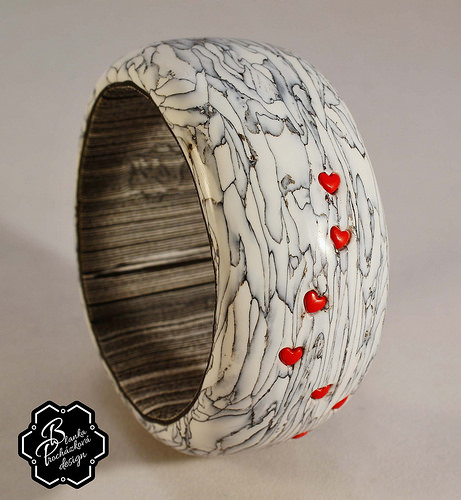 Polymer clay bracelet - grey fimo with small heart