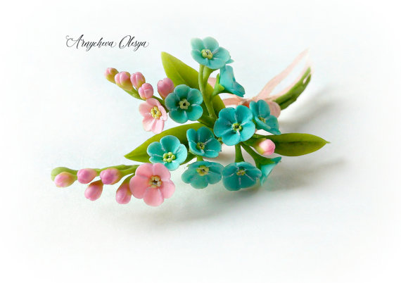 Polymer clay jewelry with flowers