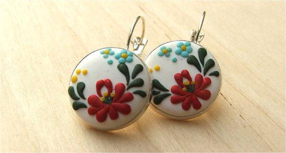 Dangle Earrings red Flower Earrings White Dangle Earrings Folk Art Jewelry Polymer Clay Jewelry Applique Polymer earrings