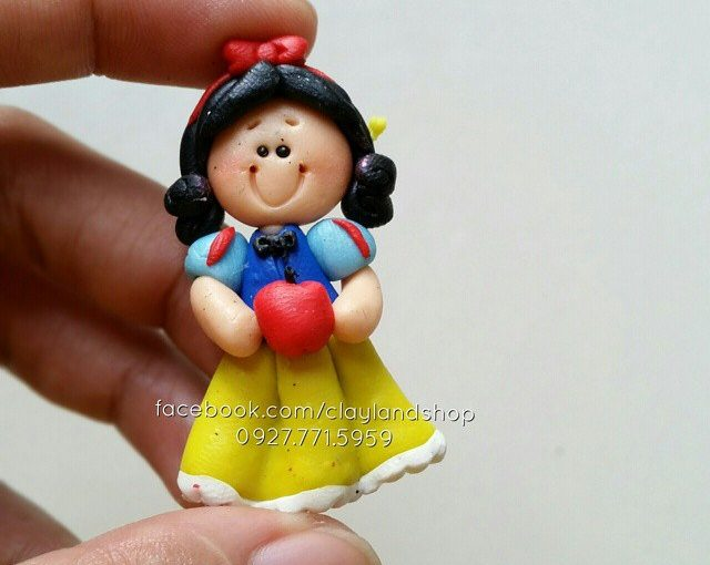 Polymer clay Alice in Wonderland ideas