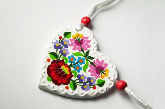Heart necklace folk pendant
