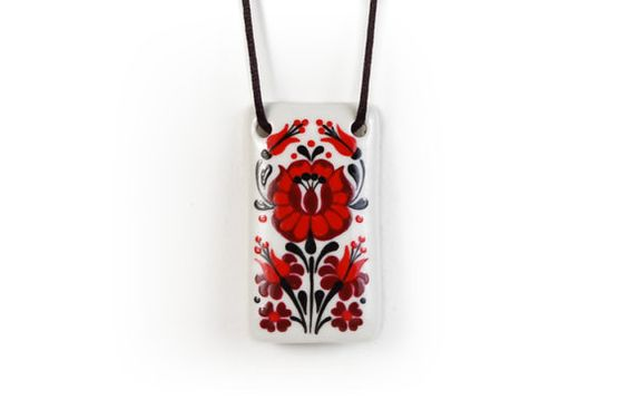 Porcelain necklace hungarian folk motif