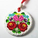 Handpainted Clay Pendant Hungarian Kalocsa by mintapalinta