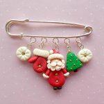 Christmas Pins – Santa Pin – Christmas Brooch -Christmas Pin – Vintage Santa – Stocking Stuffer – Secret Santa Gift – Kids Gift