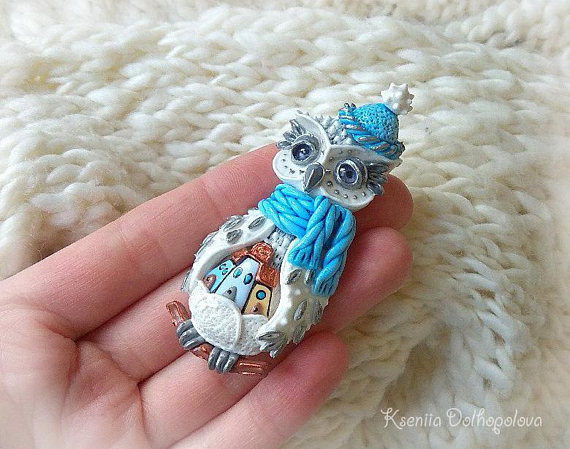 Christmas jewelry - owl brooch - winter brooch - christmas gift - polymer clay jewelry - polymer clay creations - miniature - new year gift