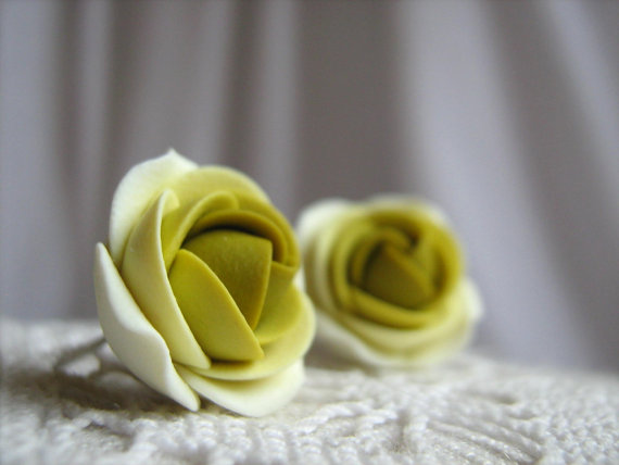 Polymer clay earrings - Shades of wasabi green rose flower stud earrings