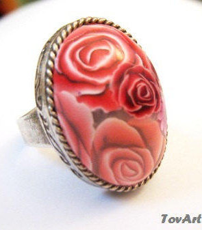 Big ring, Oval ring, Statement ring, Adjustable ring, Floral statement ring, Red roses ring, Roses ring, Floral ring, Chic gift for teens