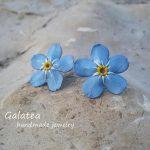 Forget me not earrings Blue flower ear stud Floral earrings Blue wedding jewelry Forgetmenot earrings Woodland wedding Botanical earrings