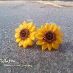 Mini Sunflower stud earrings Bridesmaid gift Yellow flower earrings Tiny Sunflower Stud Flower earrings Yellow stud earrings Gift for Wife