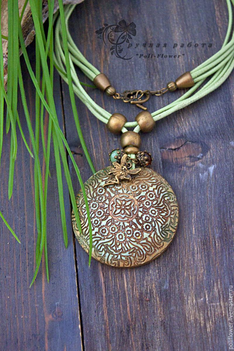 Polymer clay antique pendant – handmade ideas