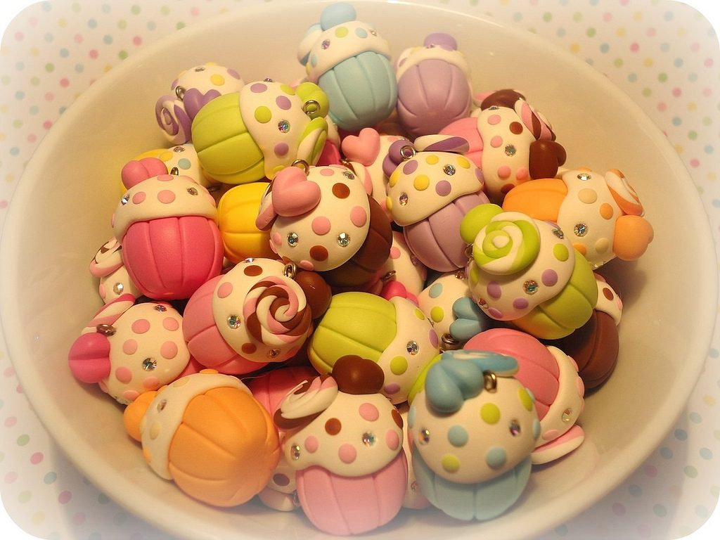 Polymer clay cupcake charms (17)