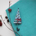 Polymer clay umbrella brooch – Christmas umbrella – handmade brooch