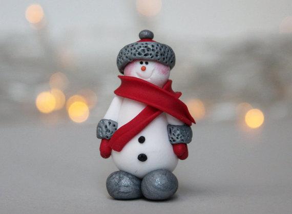 Cute polymer clay snowmen brooch ideas