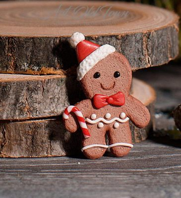 Polymer clay gingerbread brooch Christmas present