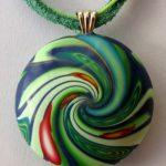 green bead