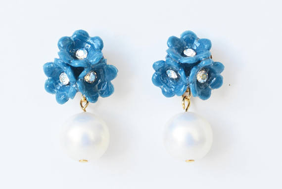 Earrings with polymer clay flowers and pearls