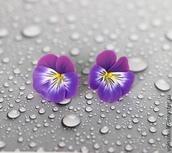 Polymer clay jewelry with pansies - purple pansies studs - flower jewelery