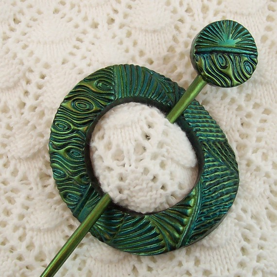 Teal and Lime Green Round Shawl Pin