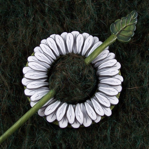 White Daisy Scarf or Shawl Pin