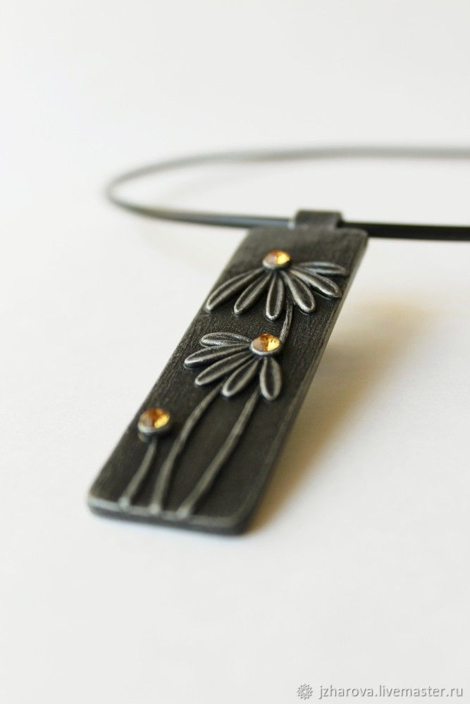 Polymer clay rectangular pendant with daisies flowers