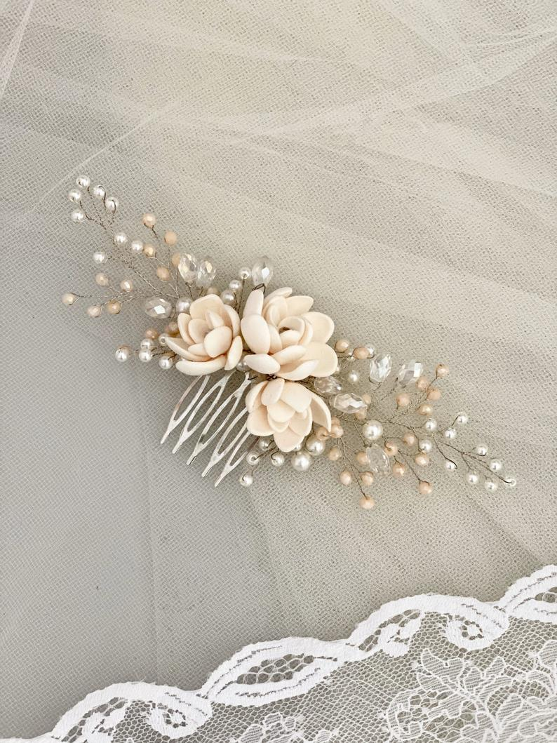 Bridal hair comb hair accessories with small succulents in beige from polymer clay hair wire hair comb bridal wedding wedding flower